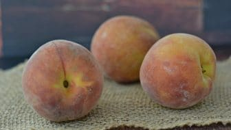 Vanilla Bean Peaches