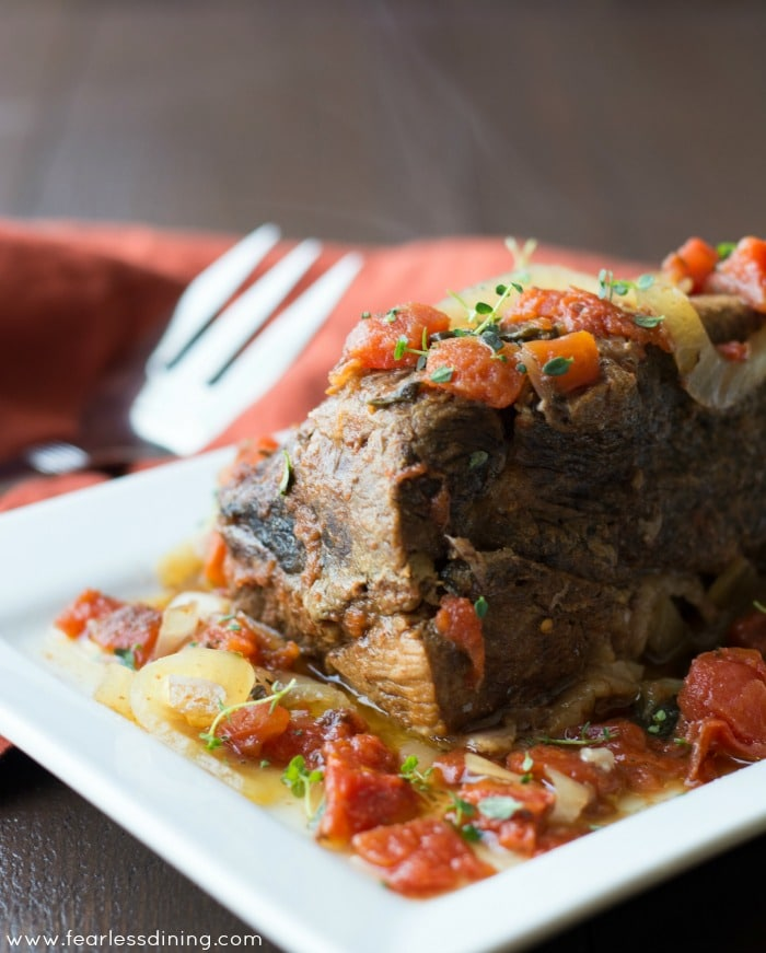 Fool Proof 5 Ingredient Crockpot Pot Roast found at http://www.fearlessdining.com