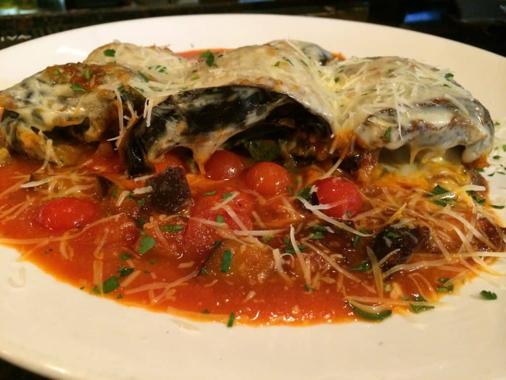 Gluten Free Eggplant Parmesan Roll Ups https://www.fearlessdining.com #glutenfree #Italianfood #eggplantrecipes