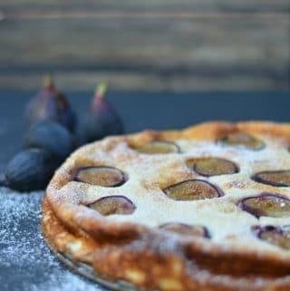 Turkish fig and lemon yogurt cake image