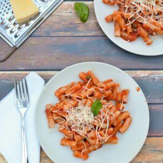 gluten free pasta with marinara sauce