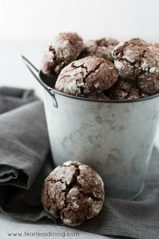 a silver pail full of crinkle cookies