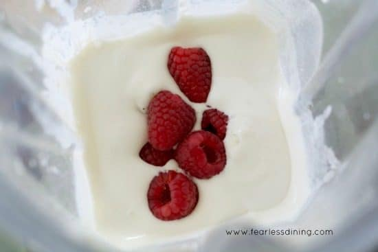 heavy cream, dessert mix and fresh rapsberries in a blender