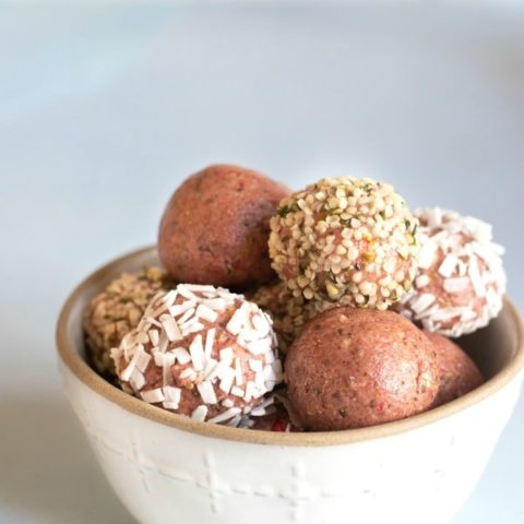 The Best No-Bake Protein Balls