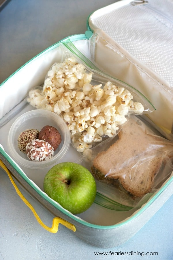 a lunchbox packed for school