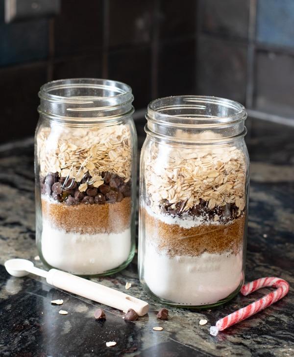 mason jars layered with cookie mix