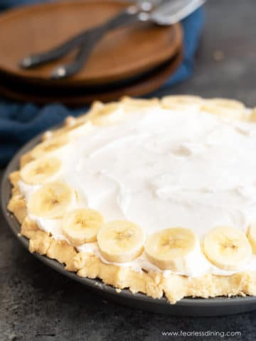 gluten free banana cream pie featured image