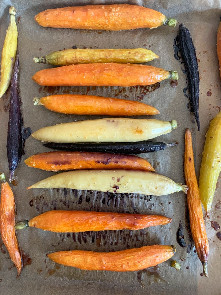 roasted carrots in a baking dish