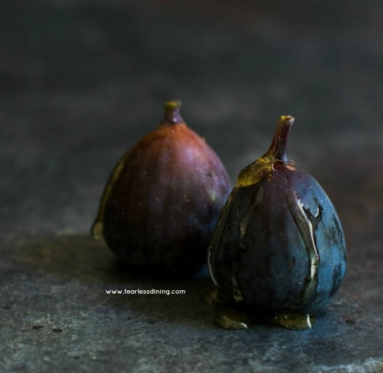 raw figs with honey drizzled on top