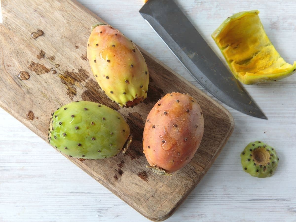 cutting a prickly pear