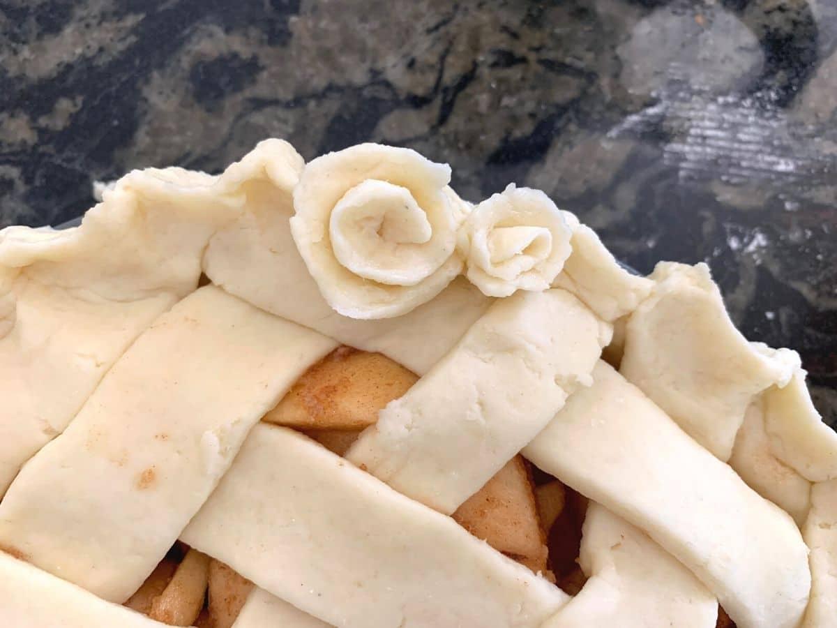 Pie crust flower decorations